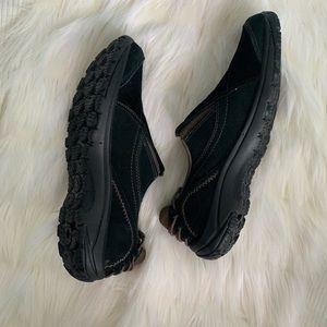 merrell black suede slip on air cushion shoes 8